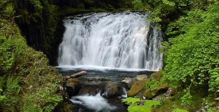 Dutchman Falls on Multnomah Creek